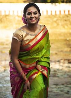 Actress-Lakshmi-Priyaa-01