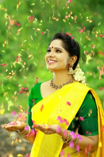 actress-samarthyaNedimaram-16