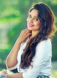 actress-samarthyaNedimaram-27