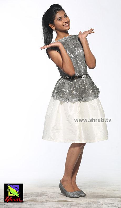 singer-Nithyashree