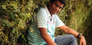 யுவபுரஷ்கார் விருதைத் திருப்பியளிக்கிறார் எழுத்தாளர் லக்ஷ்மி சரவணகுமார்