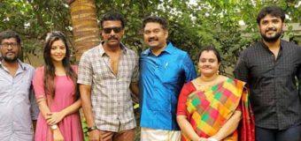 Adutha Saattai – Movie Pooja Stills